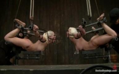 KINK - Двух рабынь подвесили и начали пытать